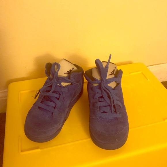 sports shoes 3096c f4986 Toddler boys blue Jordan retro 5